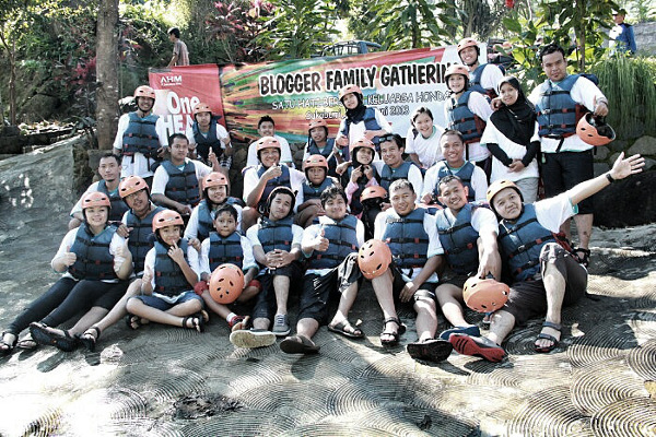 Blogger Family Gathering